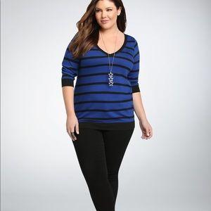 Torrid blue black striped v neck Top sz 2x